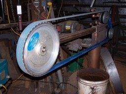 "14"" Contact Wheel running a 132"" Belt"