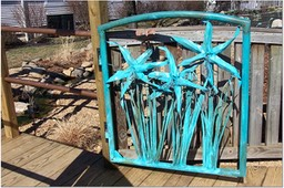 CUSTOM COPPER SPIDER DAYLILY GATE-GOOD DAYLILIES